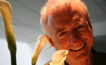 Larry Tesler smiling at the camera