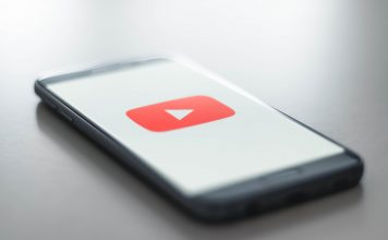 Download YouTube logo on a smartphone